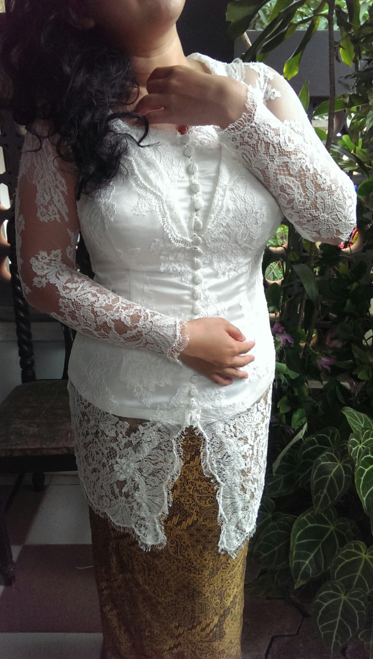 Baju Kebaya Wanita Gemuk Terbaru